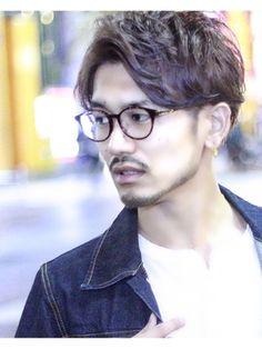 Great looking medium mens hairstyles straight. Asian Haircut, Asian Men Hairstyle, Japanese Hairstyle, Hipster Hairstyles, Permed Hairstyles, Cool Hairstyles, Medium Hair Styles, Short Hair Styles, Types Of Fade Haircut