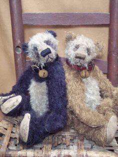 Vintage style mohair teddy bears