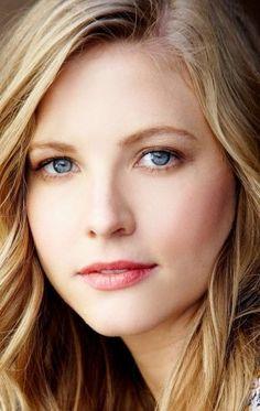 Portraits, Portrait Art, Beautiful Eyes, Beautiful Women, Melissa Anderson, Eye Makeup Tips, Woman Face, Female Models, Classic Style