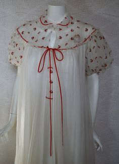 1950s White  Red Peignoir Set Nightgown Robe - Valentines