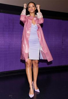 35 beautiful pastel spring outfits #springfashion #outfit Rihanna Outfits, Rihanna Photos, Rihanna Looks, Rihanna Style, Rihanna Daily, Rihanna Home, Christian Louboutin, Holly Fulton, Pastel Outfit