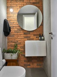 Bathroom tile ideas to get your home design juices flowing. will amp up your otherwise boring bathroom routine with a touch of creativity and color Brick Bathroom, Modern Bathroom, Small Bathroom, Earthy Bathroom, Bathrooms, Bathroom Ideas, Lavabo Design, Tile Design, Faux Brick Walls