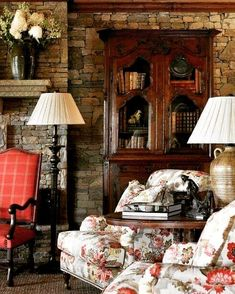 by janice English cottage style country living room. Living Room Decor Country, French Country Living Room, Cottage Living, French Country Decorating, English Living Rooms, English Cottage Decorating, Cozy Living, Cottage Art, Cottage House