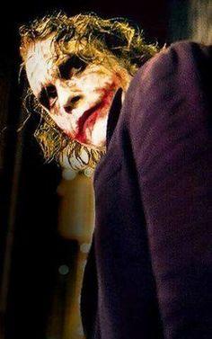 The Joker (Heath Ledger) - The Dark Knight Joker Heath, Heath Legder, Batman Arkham City, Batman Vs, Joker Photos, Joker Dark Knight, In The Pale Moonlight, Best Villains, Joker Art