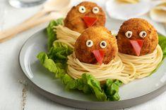 Nidos de albóndigas de pollo con manzana Lidl, Salty Foods, Spaghetti, Homemade, Meat, Chicken, Ethnic Recipes, Apple Chicken, Chicken Meatballs