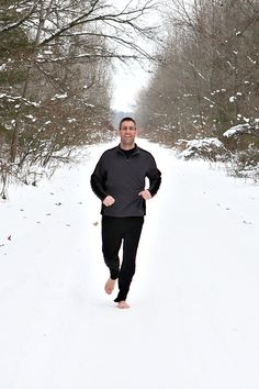 Break out the tights and pull-overs, but ditch the shoes!  Winter minimalist running tips.