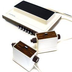 http://humear.com/cual-fue-la-primera-consola-de-videojuegos/  primera consola de juegos