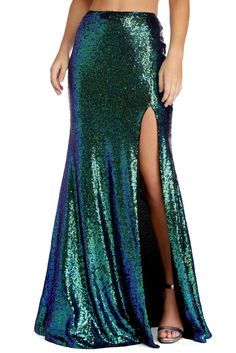 What's a mermaid without her fins and underwater tales? This green sequin maxi skirt will complete your sea siren look with a high rise waist, a hidden back zipper closure, and a high leg slit. Mermaid Cosplay, Mermaid Skirt Costume, Adult Mermaid Costume, Little Mermaid Costumes, Ariel Cosplay, Mermaid Halloween Costumes, Mermaid Tale, Mermaid Mermaid, Costumes For Women