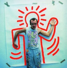shroom-girl: Keith Haring in front of his work