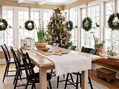 Christmas Home Decorations - Homes Decorated for Christmas - Country Living#slide-1#slide-1