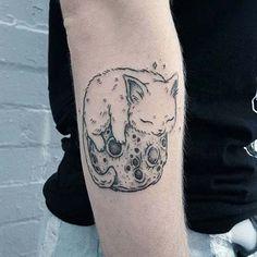 ay ve sevimli kedi dövmeleri moon and cute cat tattoos