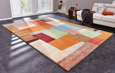 Moderner Orientteppich in bunten Farben und mit abstraktem Dekor