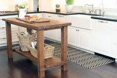 Extravagant 12 Island Table For Small Kitchen On 15 Reclaimed Wood Kitchen Island Ideas Portable Kitchen Island, Rustic Kitchen Island, Rustic Kitchen Design, Kitchen Islands, Wooden Island, Kitchen Designs, Kitchen Peninsula, Wooden Bar, Wooden Tables