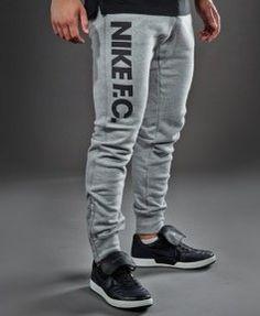 Nike F.C. Pantalon de survêtement Libero Vert