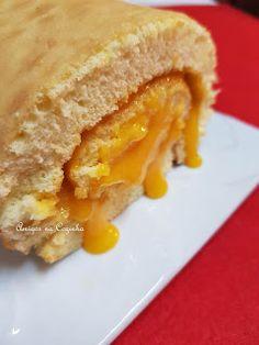 Sandwiches, Cupcakes, Baking, Delicious Desserts, Sponge Cake, Baking Ideas, Cake Roll Recipes, Friends, Cupcake