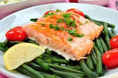There is a new lifestyle that will help you maintain your ideal weight and also lets you feed a safe and healthy way: pescetarian diet .