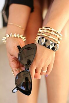 sunglasses,this shape of sunglasses seems hot this year..just keep it