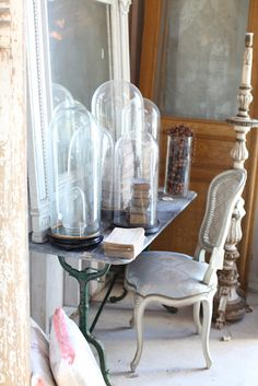 Hello, I hope you all enjoyed your weekend. My daughters and I made a trip to the coast this weekend to attend Atelier de Campa. Desk Areas, Vintage Farmhouse, French Farmhouse, Glass Domes, Inspired Homes, French Vintage, Vintage Style, Country, Painted Furniture