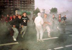 ... Ausschreitungen in Rostock-Lichtenhagen 1992 -Video - SPIEGEL ONLINE
