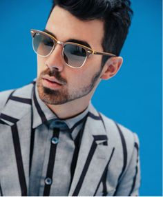 Joe Jonas On Bieber 'We Saw It Coming' - http://oceanup.com/2014/04/03/joe-jonas-on-bieber-we-saw-it-coming/