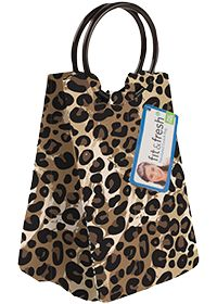 Buy Vitaminder Company Retro Insulated Lunch Bag With Ice Pack - Cheetah 1 Bag from the Vitamin Shoppe. Where you can buy Retro Insulated Lunch Bag With Ice Pack - Cheetah and other Eco-Friendly Baby products? Buy at at a discount price at the Vitamin Shoppe online store. Order today and get free shipping on Retro Insulated Lunch Bag With Ice Pack - Cheetah (UPC:700522135845)(with orders over $25).