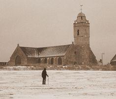 Witte kerk Katwijk in de winter