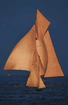 """Trieste-born photographer Franco Pace and his """"Magic of Sailing"""" (aka """"Magie des Segelns"""") published by Delius Klasing. Greatest photographer of sailing - EVER! Classic Yachts, Classic Boat, Photography Exhibition, Yacht Boat, Yacht Design, Sail Away, Wooden Boats, Tall Ships, Water Crafts"""