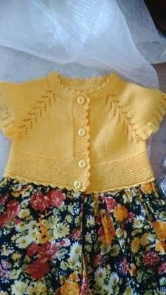 This Pin was discovered by Gül Baby Dress Patterns, Baby Knitting Patterns, Knitting For Kids, Crochet For Kids, Baby Girl Dresses, Little Dresses, Knitted Baby Cardigan, Crochet Fabric, Crochet Baby Clothes