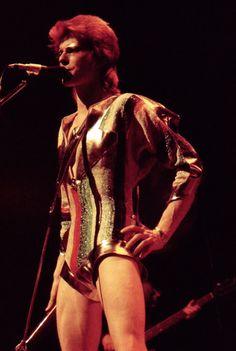 glamidols: David Bowie