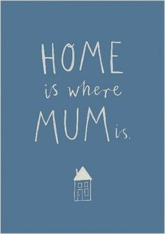 If i print this for Chloé's room, maybe she'll believe it and stop the family tradition of moving abroad... ;-)