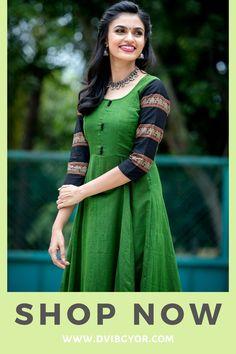 VJ Akshayaa photoshoot stills. Akshayaa is a South Indian Model and VJ at SUN network. South Indian Models photoshoot stills. Long Gown Dress, Sari Dress, Anarkali Dress, Saree Gown, Long Frock, Lehenga Choli, Indian Gowns Dresses, Indian Fashion Dresses, Prom Dresses