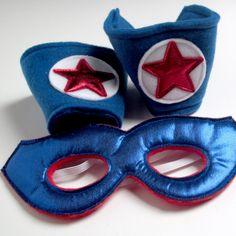 Super cuffs-dress up box