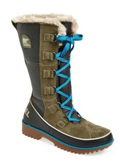 outdoor boots to keep your feet warm  http://rstyle.me/n/sjybipdpe