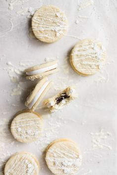Vanilla Sandwich Cookie with Vanilla bean Marshmallow and Dark Chocolate Ganache. The perfect Holiday cookie.