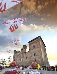 Flag Wavers, Grinzane (Piedmont) #festivals #events #piemonte #italy #provinciadicuneo
