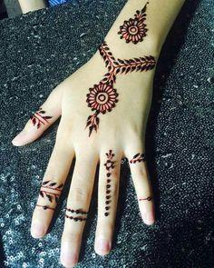 Simple and Beautiful Mehindi