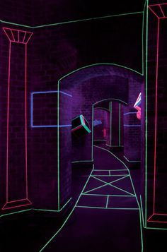 Colored Thread And UV Lights Form Captivating Augmented Spaces - Black Lights - Ideas of Black Lights Light Art Installation, Luz Uv, Blacklight Party, Creators Project, D House, Glow Party, Expo, Stage Design, Neon Lighting