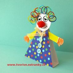 Diy And Crafts, Crafts For Kids, Paper Crafts, Clown Crafts, Preschool Art Projects, Party Favor Bags, School Holidays, Paper People, Mardi Gras