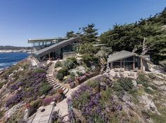 Carmel Highlands Residence by Eric Miller Architects | HomeAdore