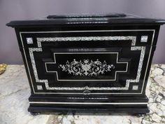 DECANTER BOX | Philippe Cote Antiquites