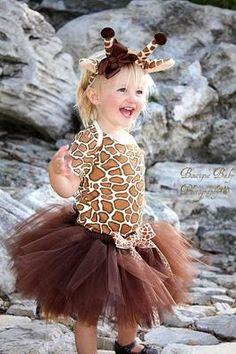 Cute giraffe costume.
