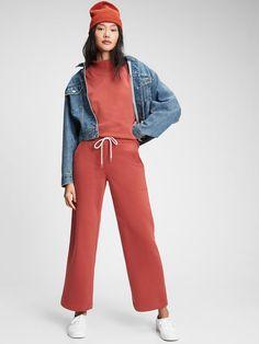 Straight-Leg Sweatpants Vintage Soft, Vintage Ladies, Sweatpants Style, Gap Women, Getting Cozy, Work Wardrobe, Work Fashion, Work Wear, Lounge Wear
