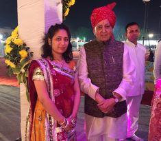 Govindlal vora with his Granddaughter #vora #govindlalvora #journalist #socialist #politician #educationist #raipur #chhattisgarh Politicians, Sari, Fashion, Saree, Moda, Fashion Styles, Fashion Illustrations, Saris, Sari Dress
