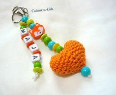 Namensanhänger+mit+gehäkeltem+Herz+++Wunschnamen+von+Calimera-Kids+-+Schnullerketten+auf+DaWanda.com