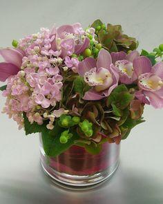 www.cymbidiumfloral.com  - with cymbidium orchids (re)pinned by www.westpointorchids.com