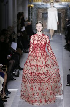 Valentino Couture Spring 2013 Photo 1