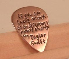 Taylor Swift Guitar Pick Taylor Swift Party, Taylor Swift Birthday, Taylor Swift Quotes, Taylor Alison Swift, Fallout Boy, Sum 41, Guitar Picks, Lyrics, Teen