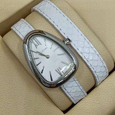 a329996d0a6 Relógio Bvlgari Serpenti - Prateado – Pulseira Branca – Mostrador Claro -  Réplica Premium AAA
