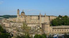 Urbino - Mura e Palazzo