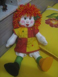 Boneca de pano Emília